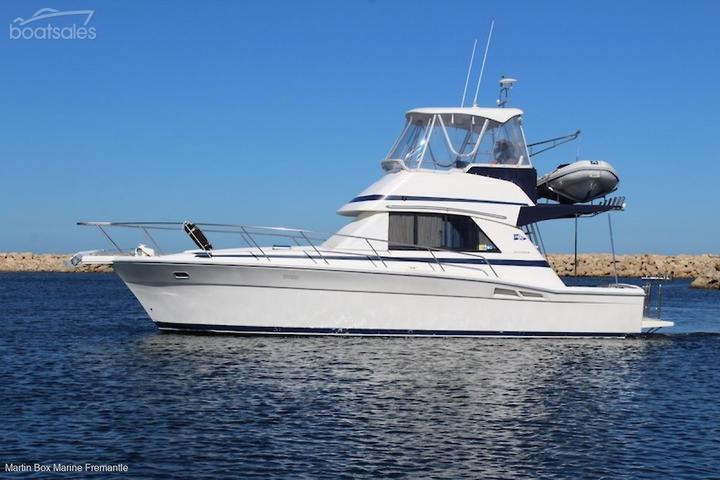 RIVIERA 36 FLYBRIDGE Boats Fibreglass Body for Sale in Australia
