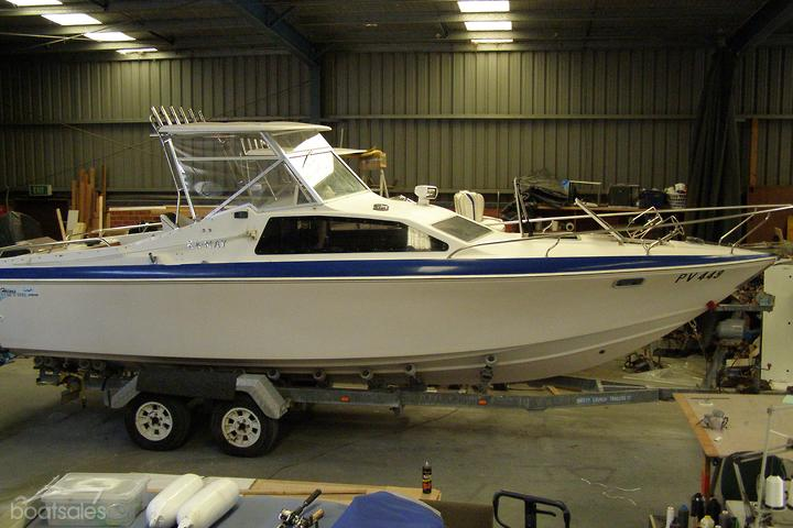 HAINES HUNTER 773SC Boat for Family Use for Sale in