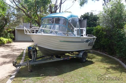 Used BlueFin WEEKENDER Boat For Sale Boatpointcomau - Blue fin boat decalspainted with decals bluefin boats