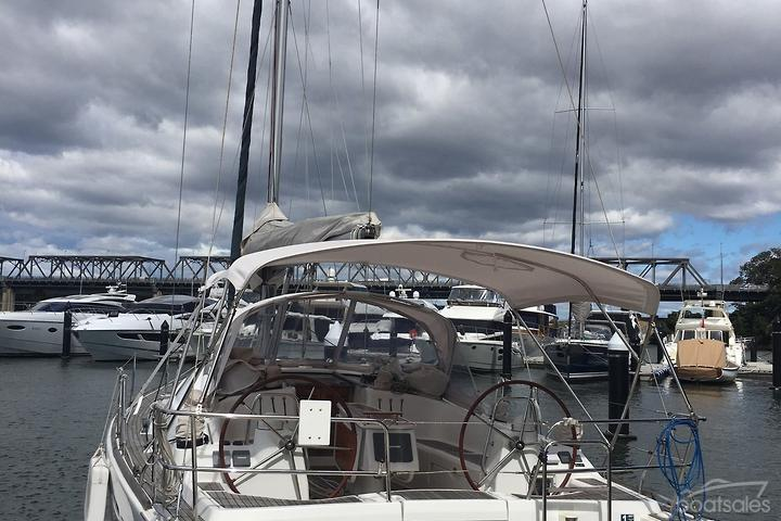 Beneteau Boat with a Monolithic Hull Hull for Sale in