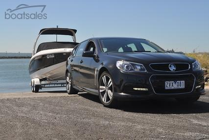 Tow Test Holden Commodore VF Sportwagon SV6 Boat News Review